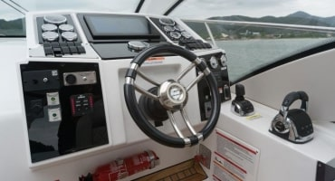 луксозна яхта Fibrafort 420